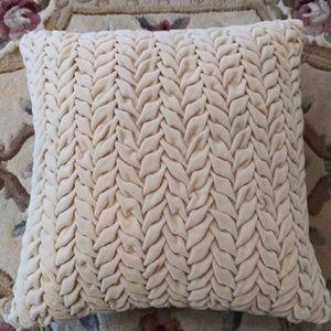Pier 1 accent pillows
